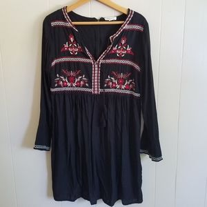 Beach Lunch Lounge Boho peasant dress embroidery M